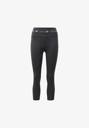 LES MILLS® HIGH-RISE 3/4 LEGGINGS - 3/4 sports trousers - black