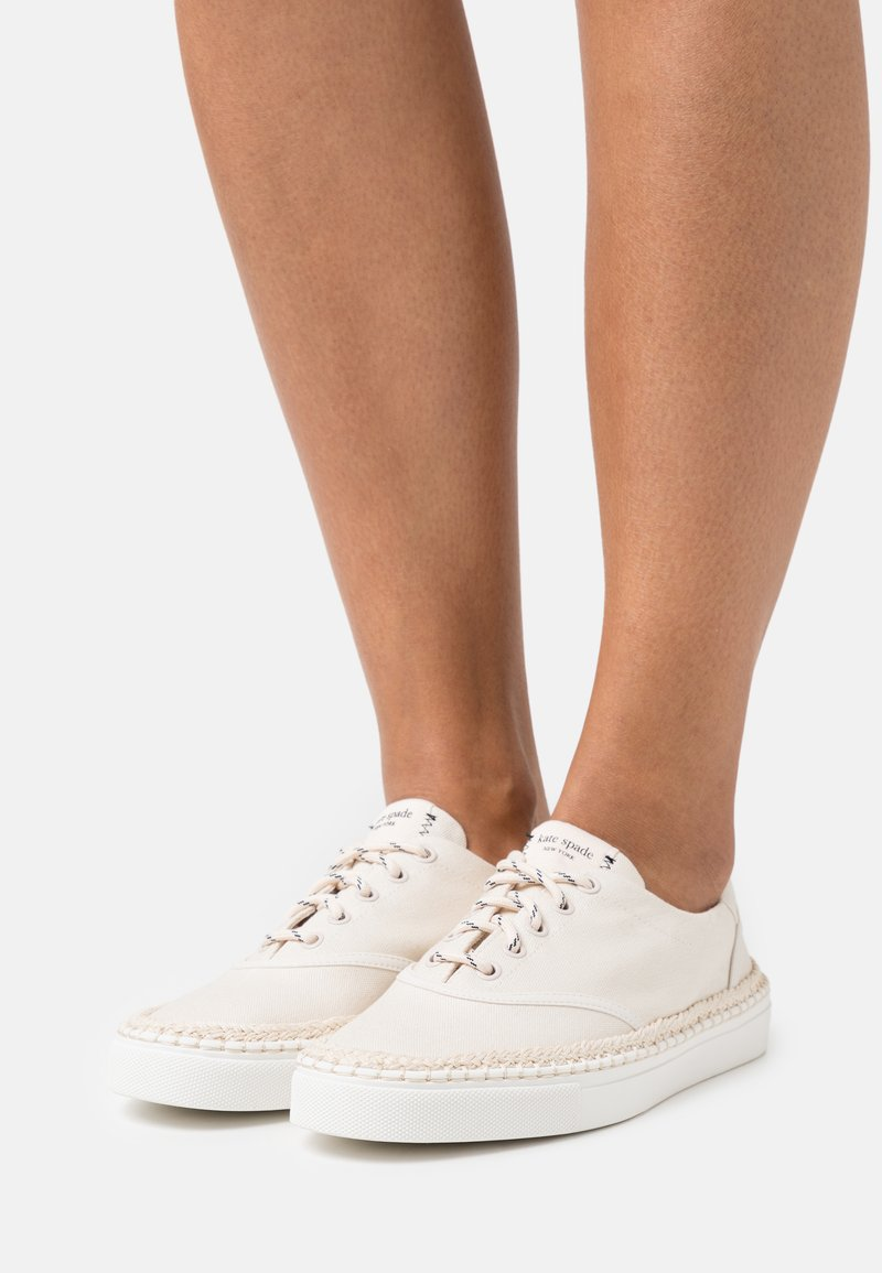 kate spade new york - BOAT PARTY - Sneakers laag - parchment