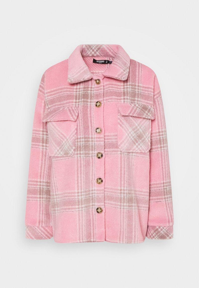 Missguided Petite - BRUSHED CHECK SHACKET - Košile - pink