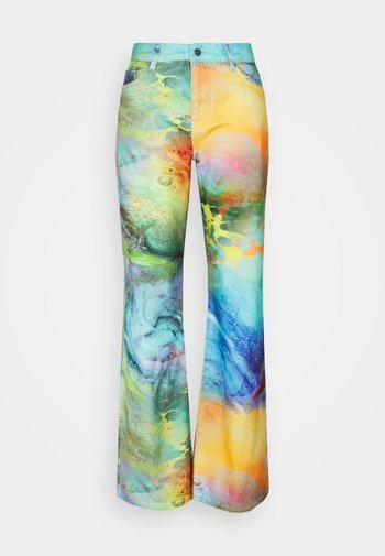 LOW RISE BUTTERFLY BACKGROUND - Jeansy Bootcut - multi