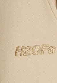 H2O Fagerholt - CREAM DOCTOR PANTS - Tracksuit bottoms - beige - 2