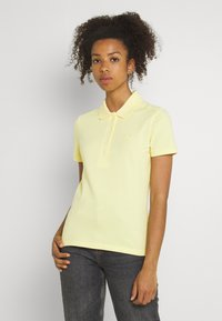 Lacoste - Polo shirt - gelb - 0