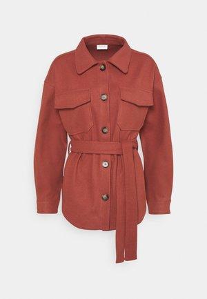 VIOLA BELT SHAKET - Short coat - burnt ochre