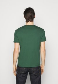 Polo Ralph Lauren - T-shirts med print - washed forest - 2