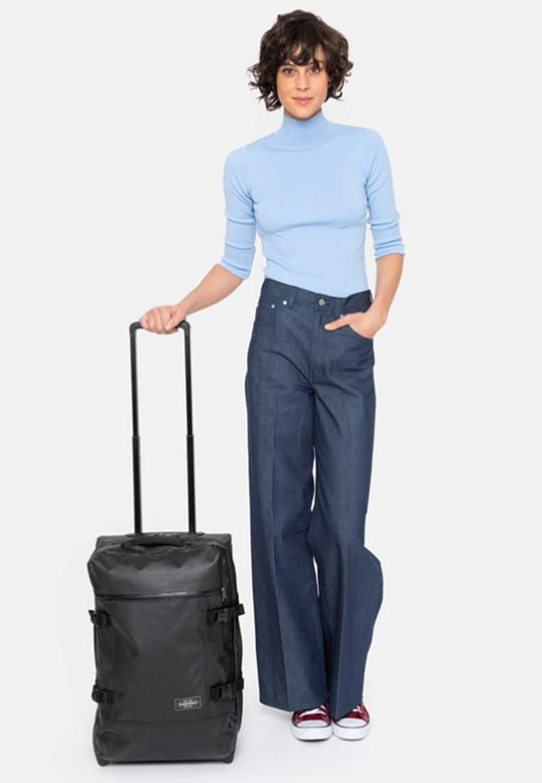 Eastpak - TRANVERZ - Wheeled suitcase - black