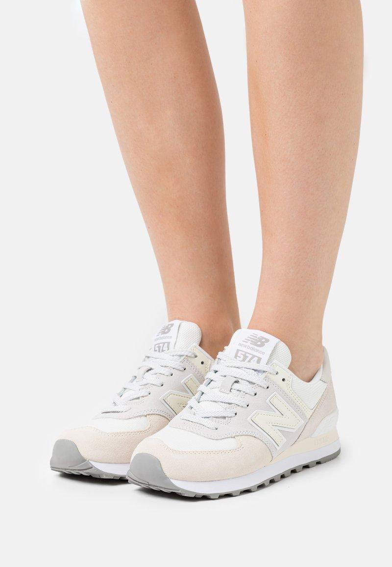 New Balance - 574 - Matalavartiset tennarit - white
