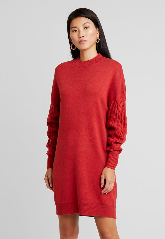 CABLE SLEEVE DRESS - Jumper dress - burgundy