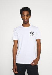 Marc O'Polo - ARTWOR - Print T-shirt - white - 0