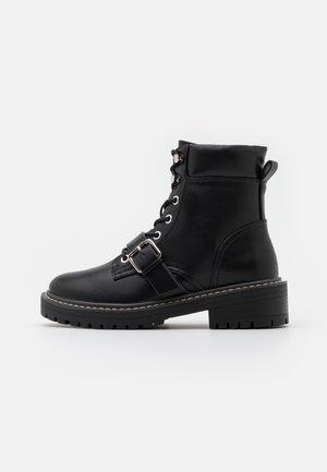 ONLBOLD PADDED LACE UP BOOTIE  - Šněrovací kotníkové boty - black