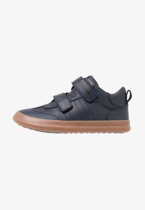 PURSUIT - Touch-strap shoes - navy