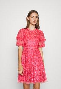 Needle & Thread - SEREN MINI DRESS - Koktejlové šaty/ šaty na párty - watermelon pink - 0