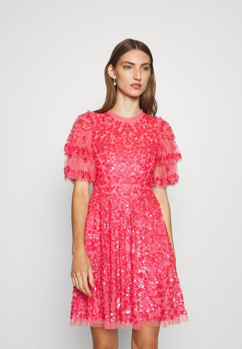 Needle & Thread - SEREN MINI DRESS - Koktejlové šaty/ šaty na párty - watermelon pink