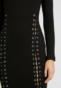 Missguided - HIGH NECK EYELET MIDAXI DRESS - Tubino - black - 6