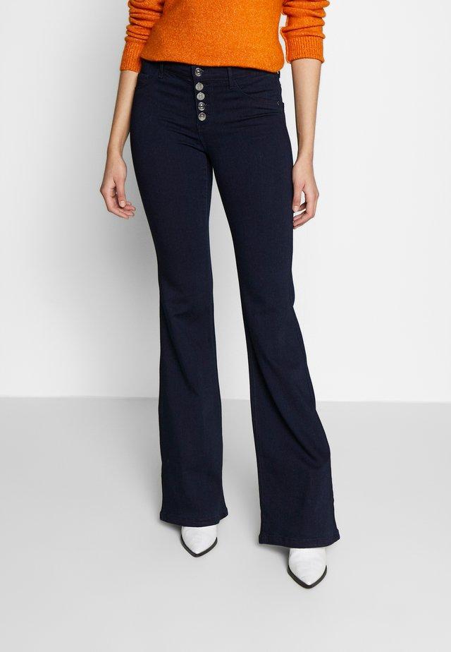 ONYHELLA RETRO FLARE  - Flared Jeans - dark blue denim