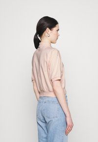 Nike Sportswear - FEMME CROP - Poloshirt - orange/terra blush - 2