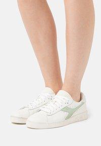 Diadora - GAME ICONA  - Trainers - white/celadon green - 0