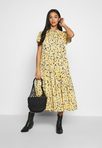 Topshop Petite - DAISY GRANDAD  - Shirt dress - yellow - 1
