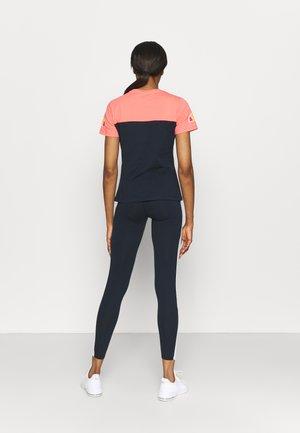 BECAERT TEE - Print T-shirt - navy