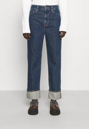 CUFFED - Straight leg jeans - indigo