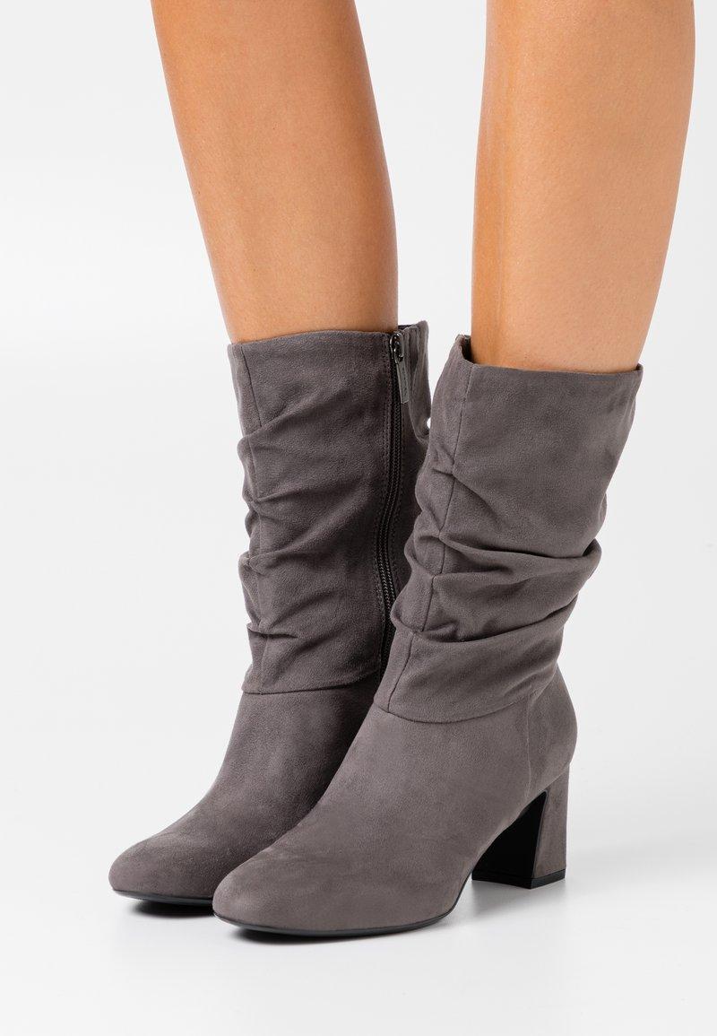 Tamaris - BOOTS - Boots - graphite