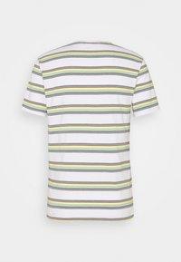 Levi's® - SUNSET POCKET - Print T-shirt - sunset pocket - 1