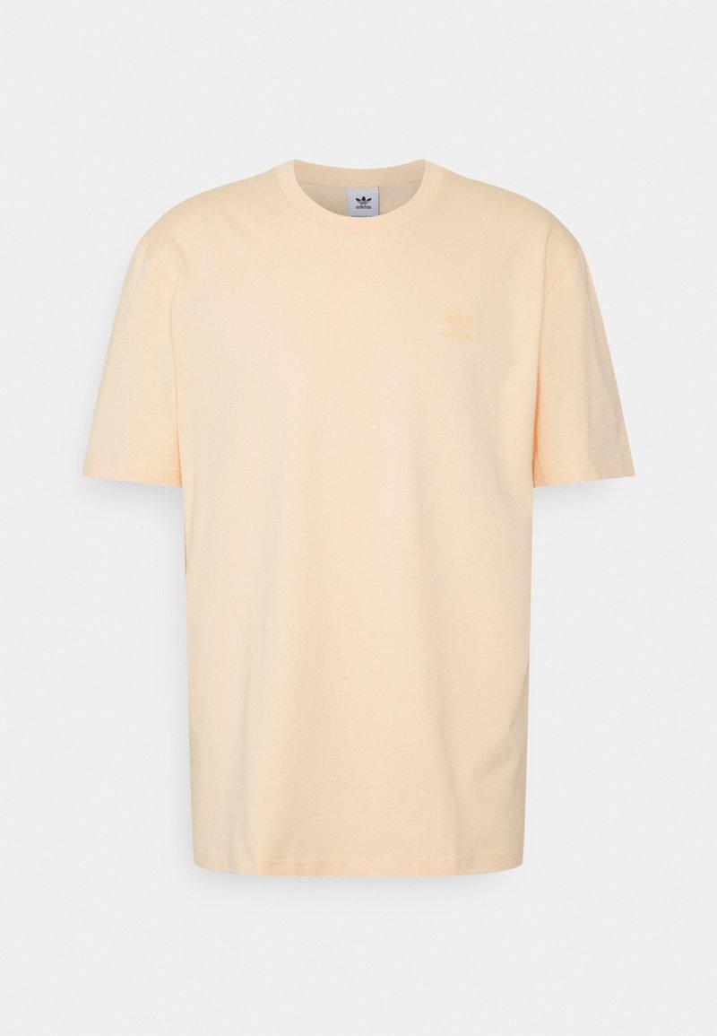 adidas Originals - TEE UNISEX - Print T-shirt - glow orange