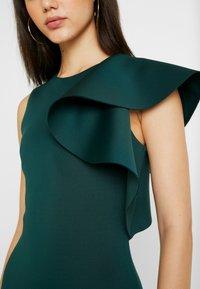 True Violet - TRUE VIOLET ONE SHOULDER PEPLUM BODYCON DRESS - Cocktail dress / Party dress - emerald - 5