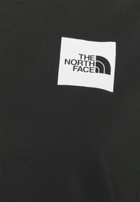 The North Face - CROPPED FINE TEE - T-shirts med print - black - 5