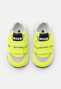 MSGM - UNISEX - Trainers - white/neon yellow - 3
