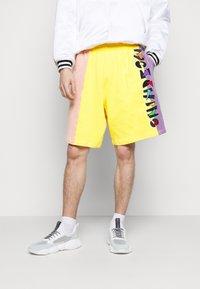 MOSCHINO - TROUSERS - Shorts - fantasy - 0
