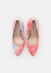 Buffalo - ROSELLE - Classic heels - coral - 5