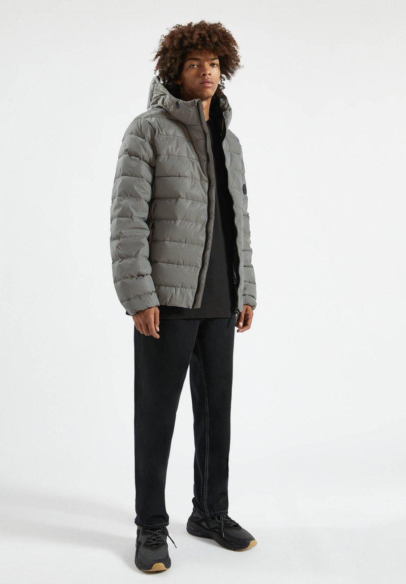 PULL&BEAR Winterjacke - metallic grey/grau-metallic jTZJVX