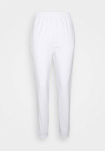 BASIC JOGGER - Tracksuit bottoms - white