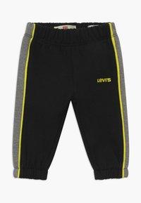 Levi's® - HOODIEJOGSET - Survêtement - black - 2