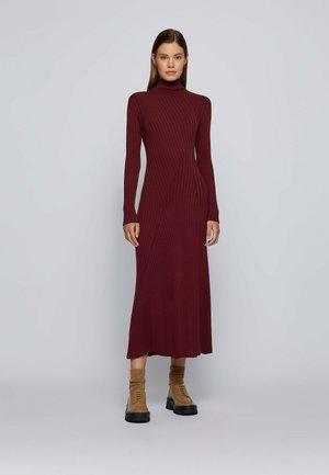 FERNE - Shift dress - dark red
