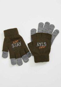 DeFacto - Gloves - khaki - 1