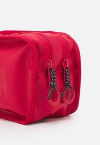 Jordan - TRAVEL DOPP KIT - Wash bag - black - 3