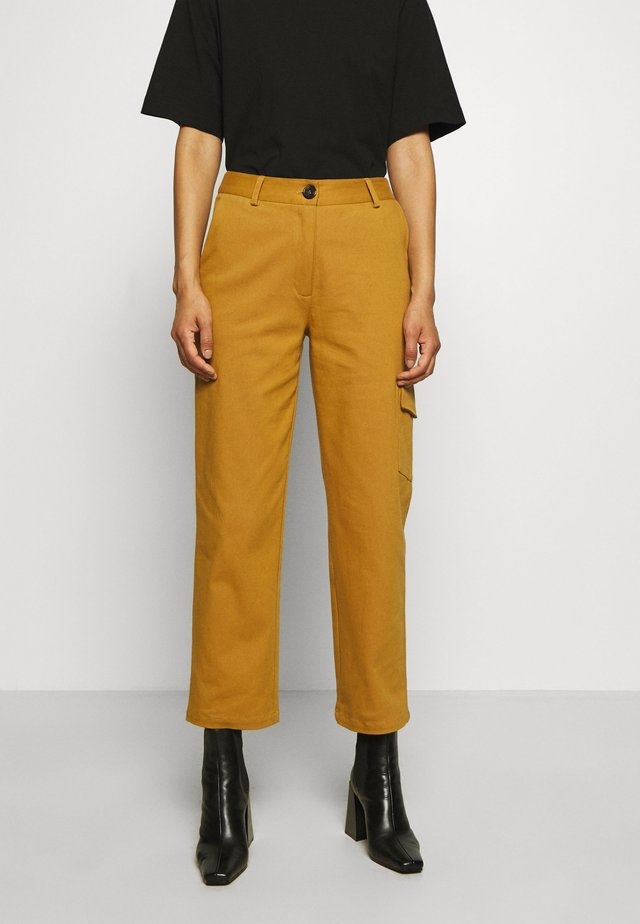 AUDREY PANTS - Pantaloni - golden brown