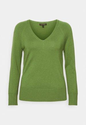 SEAMLESS VEE - Jumper - lassen green
