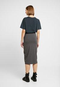 Even&Odd - 2 PACK - Spódnica ołówkowa  - black/ grey - 3
