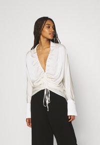 Gina Tricot - DRAWSTRING SHIRT - Long sleeved top - egret - 0