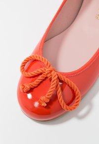 Pretty Ballerinas - SHADE - Ballerinasko - papaya - 2