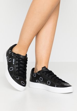 SLEEK  - Sneakers laag - core black/footwear white