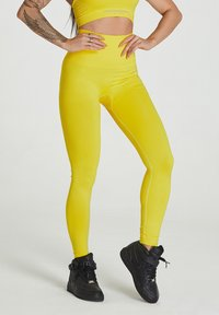carpatree - SEAMLESS LEGGINGS MODEL ONE - Collant - yellow - 0