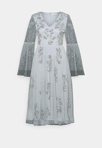 EMBELLISHED BELL SLEEVE DRESS - Cocktail dress / Party dress - glacier blue