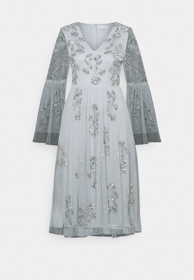 EMBELLISHED BELL SLEEVE DRESS - Robe de soirée - glacier blue