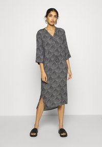 Soaked in Luxury - ZAYA DRESS - Day dress - black/creme - 0