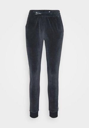CUFF PANTS LEGACY - Pantalones deportivos - navy