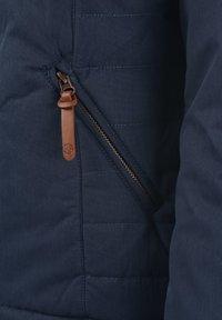 Desires - Light jacket - insignia b - 4