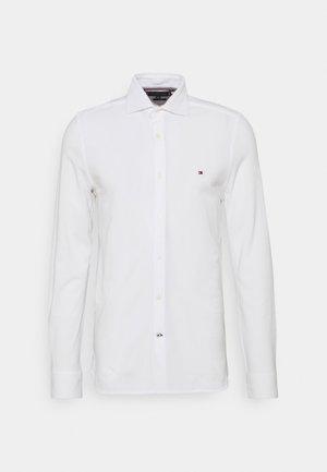 SLIM SOLID  - Shirt - white